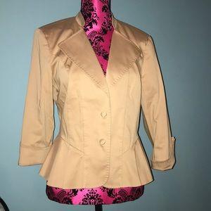 Boston Proper tan detailed pleated back blazer